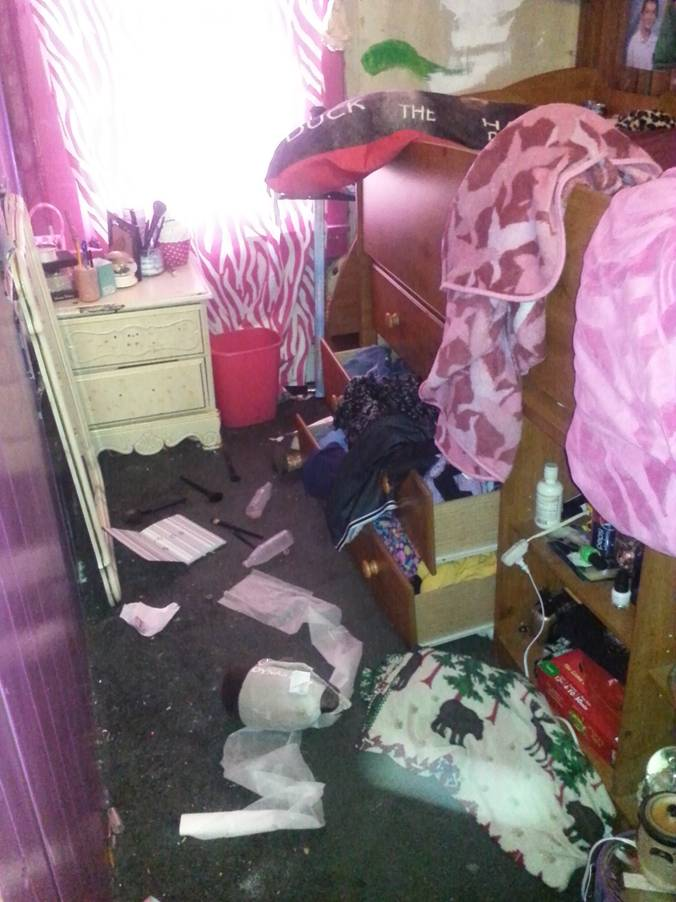Brooke's room- after